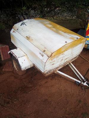 Old Small venter trailer