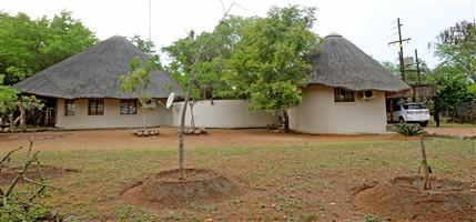 2 Bedroom Holiday Home in Marloth Park adjacent to Kruger Park