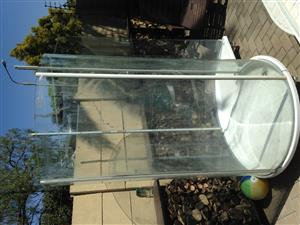 shell shaped shower CURVED GLASS