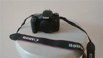 Canon EOS 760d with 2x lenses