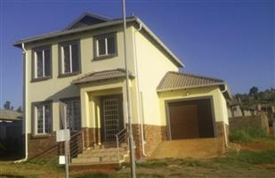 Stunning brand new double story house in security estate in Amandasig