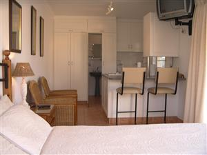 BEACHSIDE SELF-CATERING UNITS