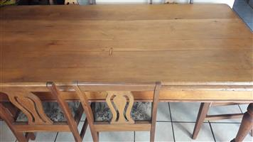 Geelhout Table and chair 6 Seater