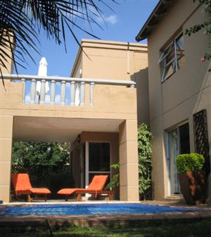 4 Bedroom Townhouse to rent in Sunninghill Security Complex