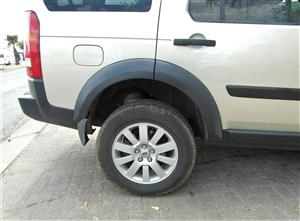 Land Rover Discovery 3 Fender Liners for sale | AUTO EZI