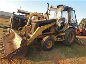 CAT 416B (4X2) TLB