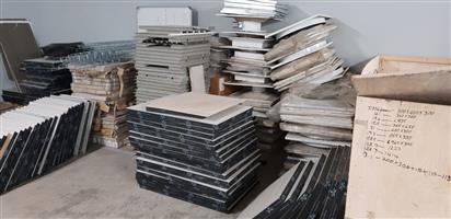 Raised floor tiles