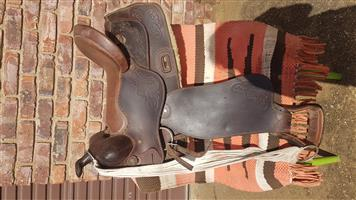 western saddle for sal