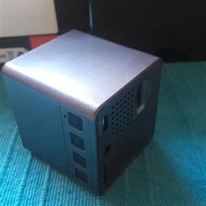 Led dpl mini projector