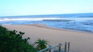 Perfectly Situated - Shelly Beach Beachfront!