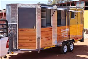 Custom made, fully equipped food trailers for everyday business use