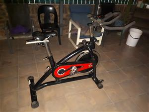 Maxed spinning bike