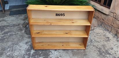 3 Tier Solid Pine Bookrack (1140x215x945)