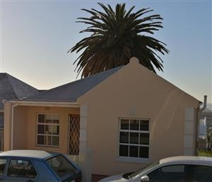 Cosy Cottage for Rent in Walmer Estate