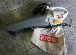 Ryobi Blower Mulching Vacuum GBV-1800 In prestine working condition