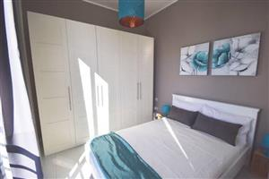 Furnished upmarket flat to rent from july