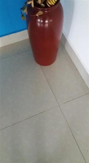 Maroon decor flower pot for sale