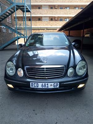 2005 Mercedes Benz 240 G