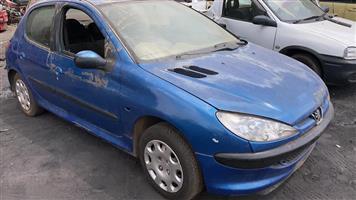 Peugeot 206 2004 1.4lt 16v stripping for spares