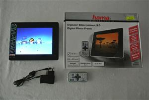 "Hama 8"" Portable Rechargeable Photo viewer  Plays Movies with sound"