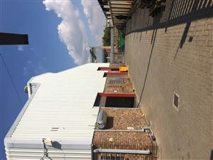 FOR SALE: GATEWAY INDUSTRIAL PARK: WAREHOUSE / FACTORY / DISTRIBUTION CENTRE IN CENTURION!