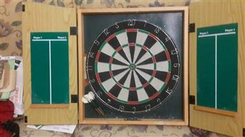 Dart Board in Wooden Case with darts