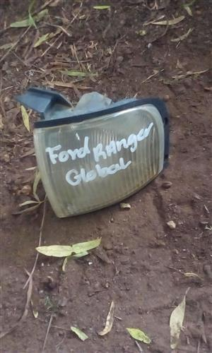 2003 FORD RANGER LEFT CORNER LIGHT- USED GLOBAL
