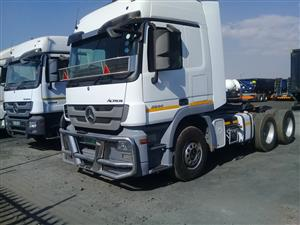 12 x 2014 model Mercedes Benz Truck tractors. Reliable Truck Tractors.