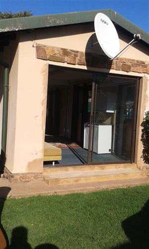 Batchelor flat to rent