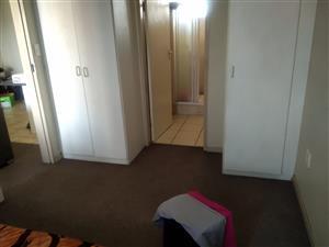 2 bedrooms Flat to rent