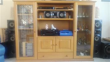 TV / Display Cabinet - Oak