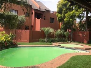 Sunninghill - Lovely 2 bedrooms 1 bathroom loft apartment available R9300