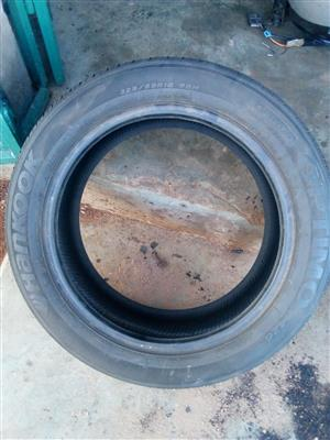 Tyre 225/55R18 very good condition