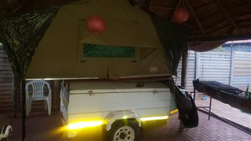Venter trailor with rooftop tent