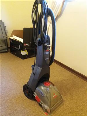 BISSELL READYHOME CARPET CLEANER AS NEW