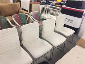 4 Chromed Visitor Chairs