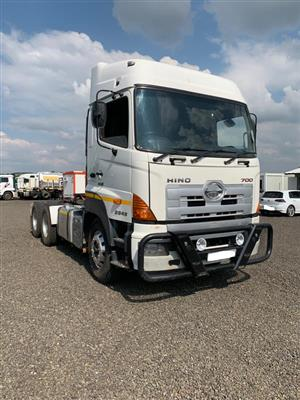 Used 2014 Hino 700 2848 for sale