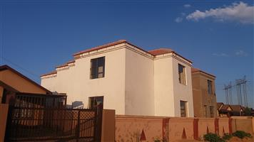 2 bedroom house r rental R4000