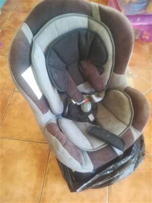 Pre-loved baby car chair
