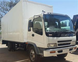 2008 Isuzu FTR800 Closed body truck for sale