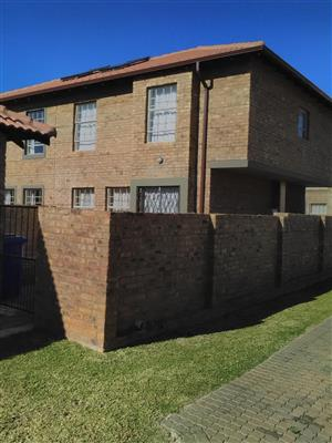 Townhouse for Sale in Pretoria North