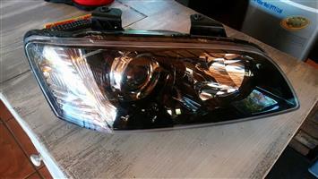 Chevrolet lumina ss 2007 right headlight
