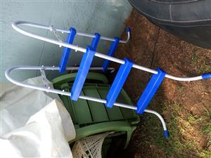 Bestway pool ladder