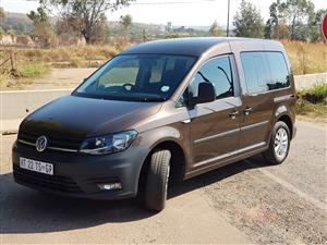 VW Caddy Maxi crew bus