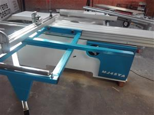 Panel Saw for Sale - Winstar MJ45YA - 2017 Model in Like-New Condition