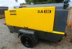 Atlas Copco 400CFM Mobile Air Compressor - 1600hrs