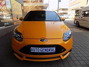 2014 Ford Focus hatch 2.0 Sport