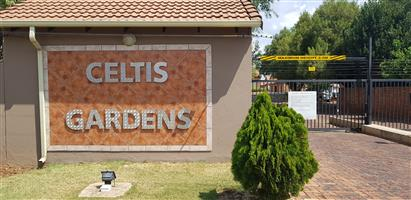 SPACIOUS 2 BEDROOM FLAT, 2 FULL BATHROOMS, LOCK-UP GARAGE - CELTIS GARDENS, CELTISDAL, CENTURION