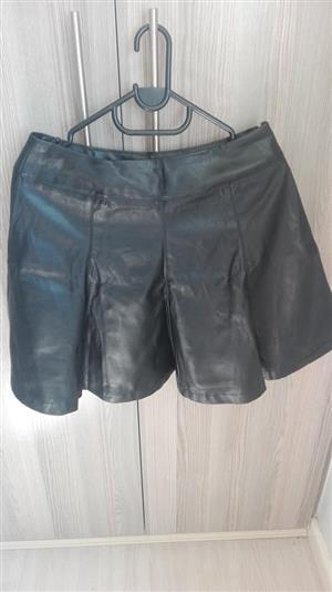 Black leather short skirt
