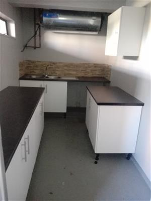 3 Bedroom Flat For Rent - South Beach